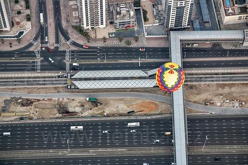 Balón nad silnicí v  Dubaji - Dubaj 2015