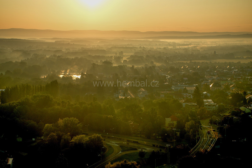 Přízemní mlhy - Hradec Králové