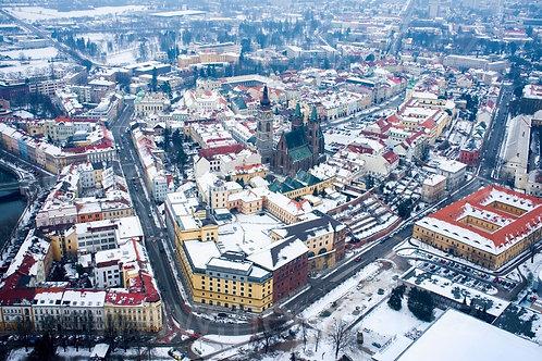 Fotka ke stažení střední - Zimní Velké náměstí v Hradci Králové.