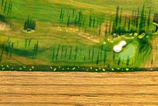 Nad golfem