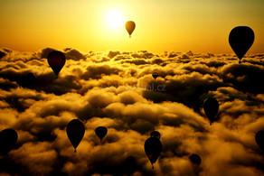 Balóny nad mraky