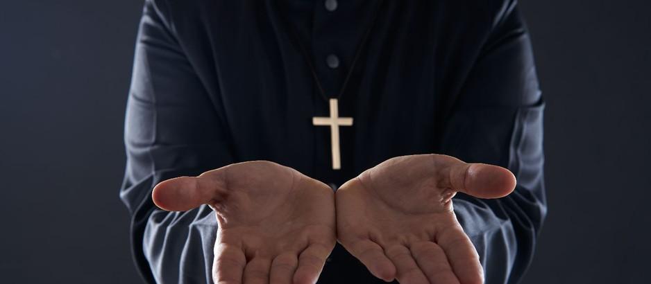"""""""Diálogo entre un sacerdote y un moribundo"""" – Cuento"""