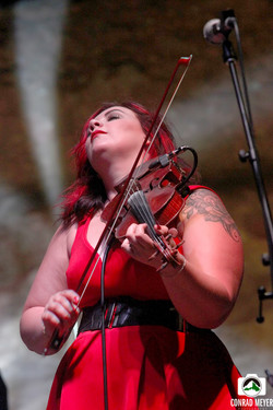 Allie Kral of Yonder Mtn. String Ban