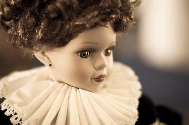 bambola antica.jpg