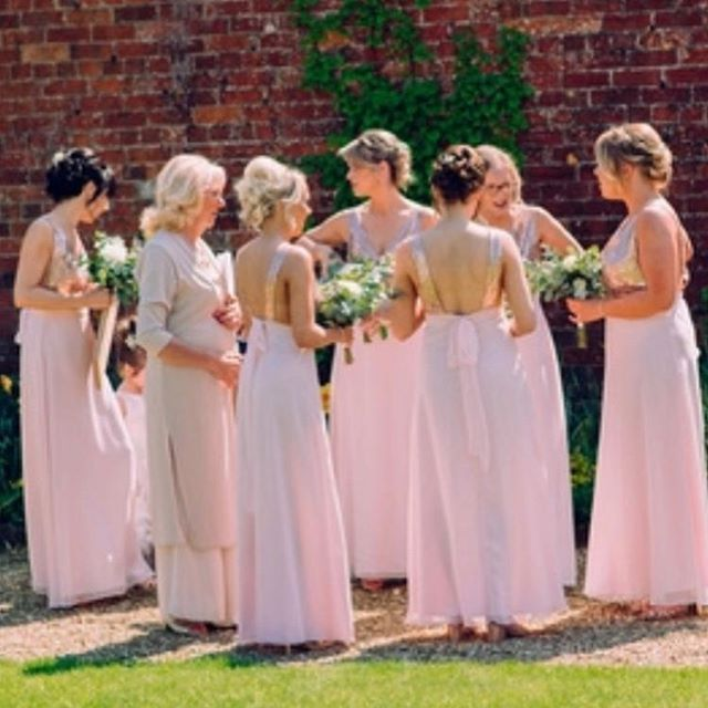 Gorgeous spring bridesmaids on Sophi's w
