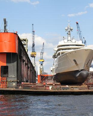 luxury-yacht-2749901.jpg