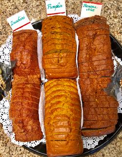 Holiday Bread Tray