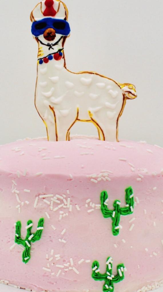 Cake w/Llama Cookie Topper