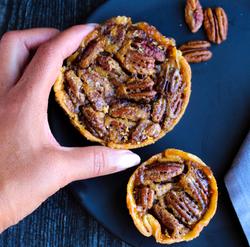 Mini and Regular Pecan Pie