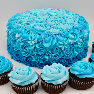 Blue Rosettes Cupcakes