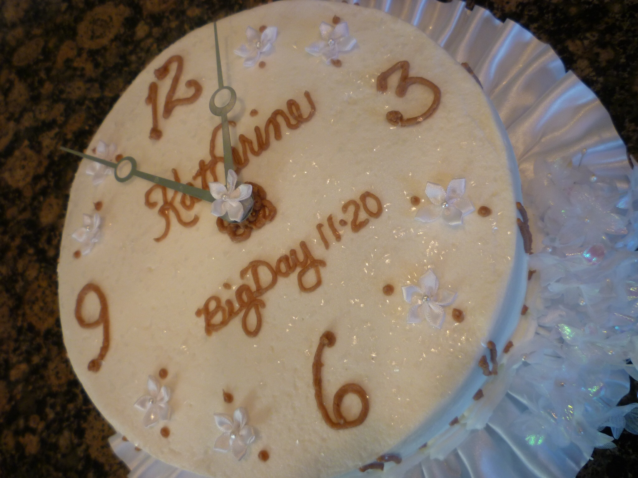 Clock Bridal shower cake