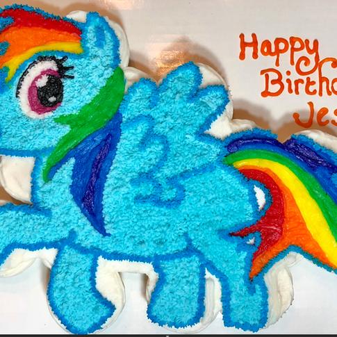 Rainbow Dash Pull apart cupcakes