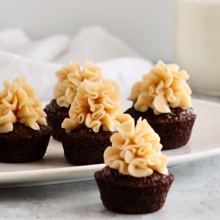 Chocolate Brownies w/Peanut Butter Frosting