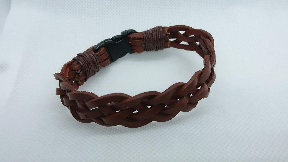 bracelet en cuir marron tressé