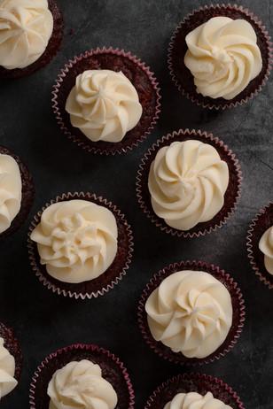 SXP08621_RV Cupcakes.jpg