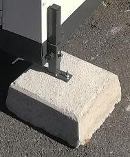 concrete block with adjustable leg.jpg