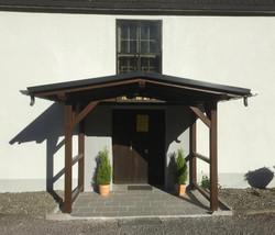 Eingang Kirche Unterweiߟbach
