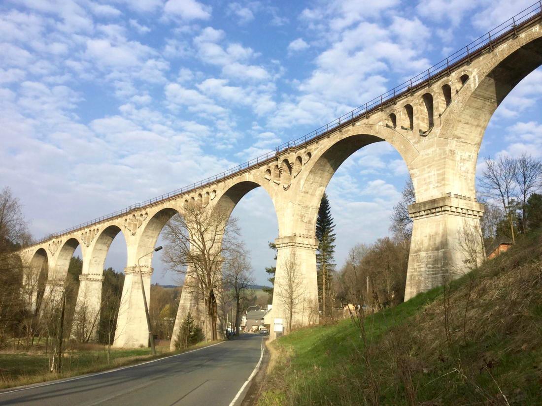 Viaduct Piesau.jpeg