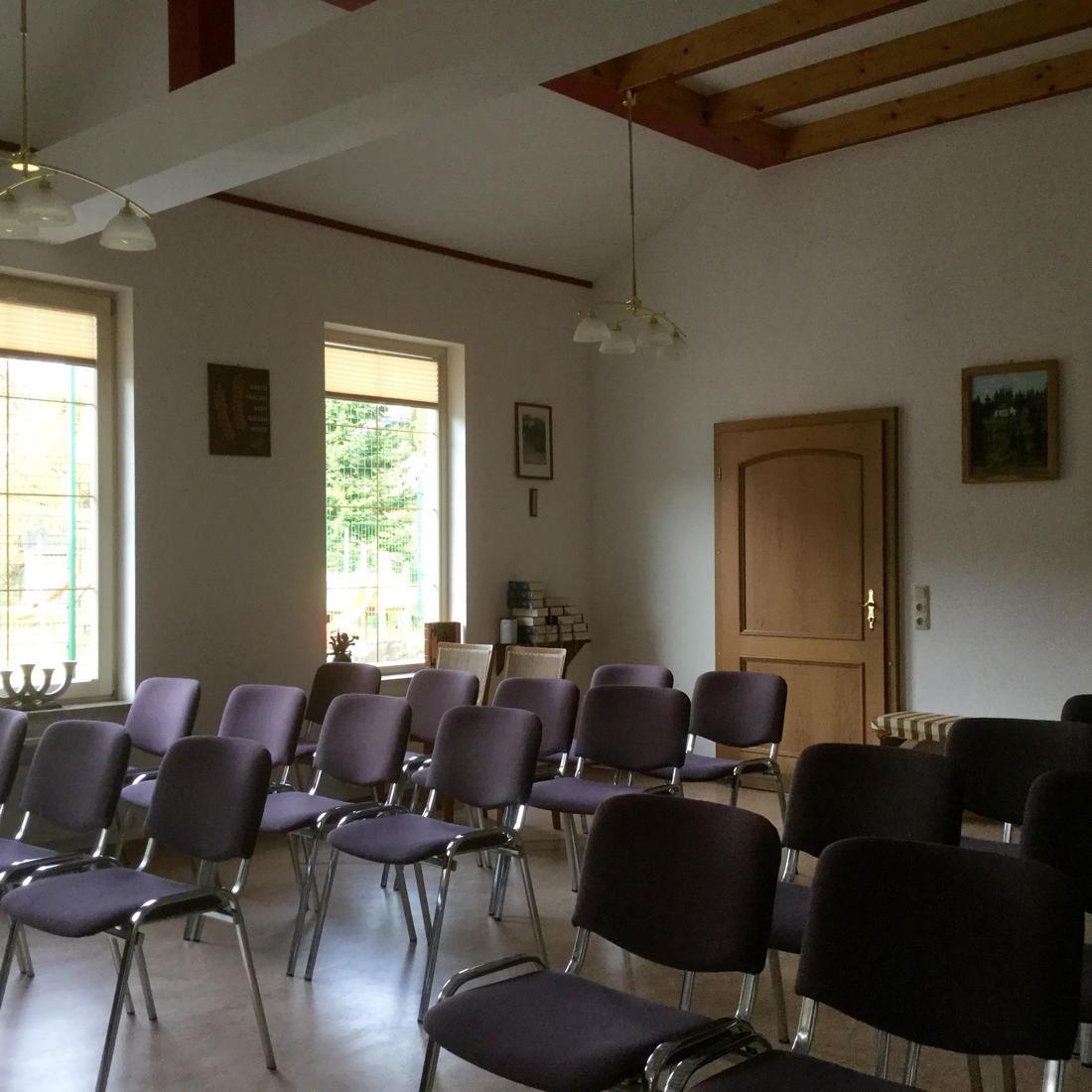 Gemeindesaal Lichte innen