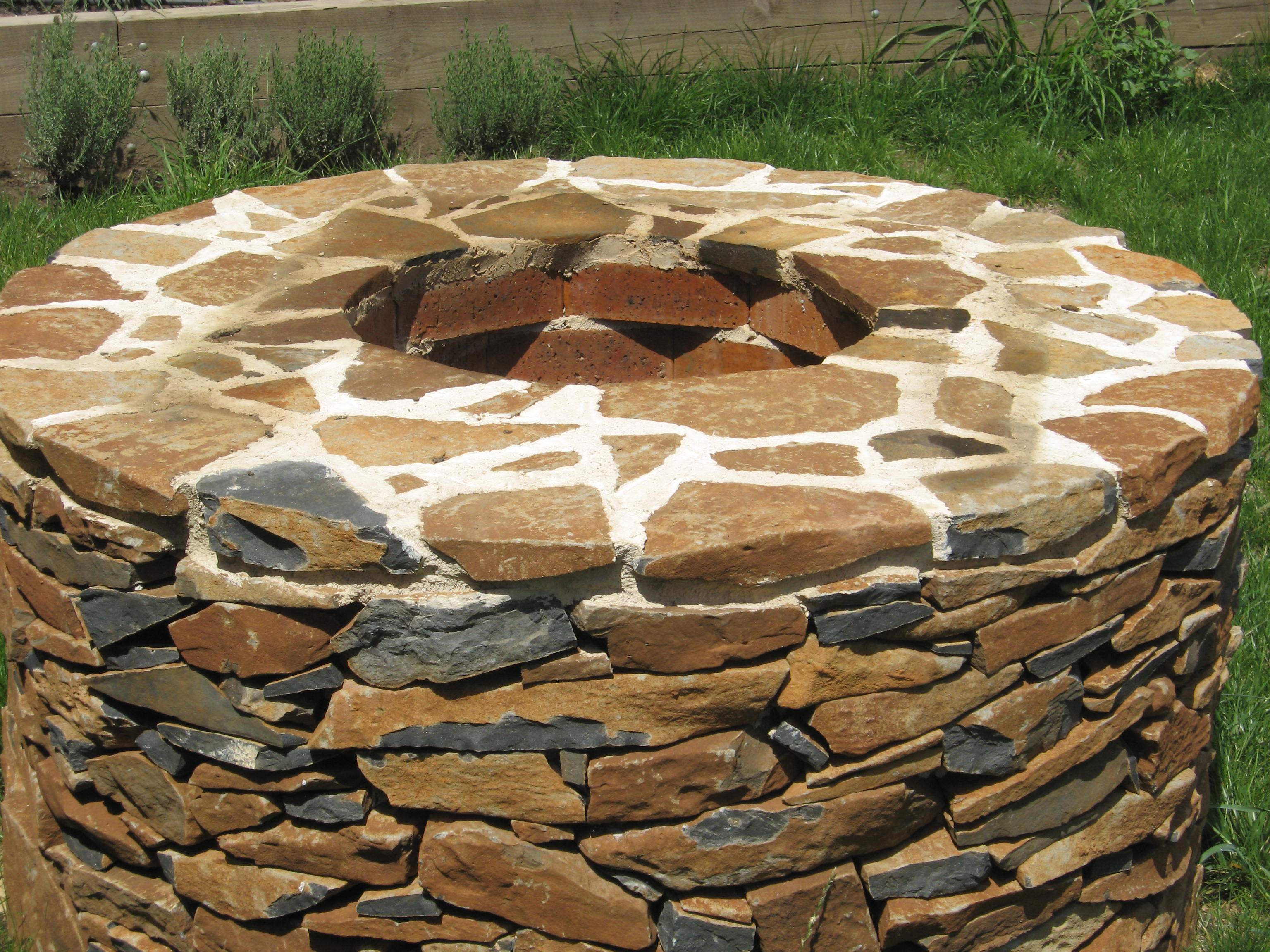 Basalt Drystone well
