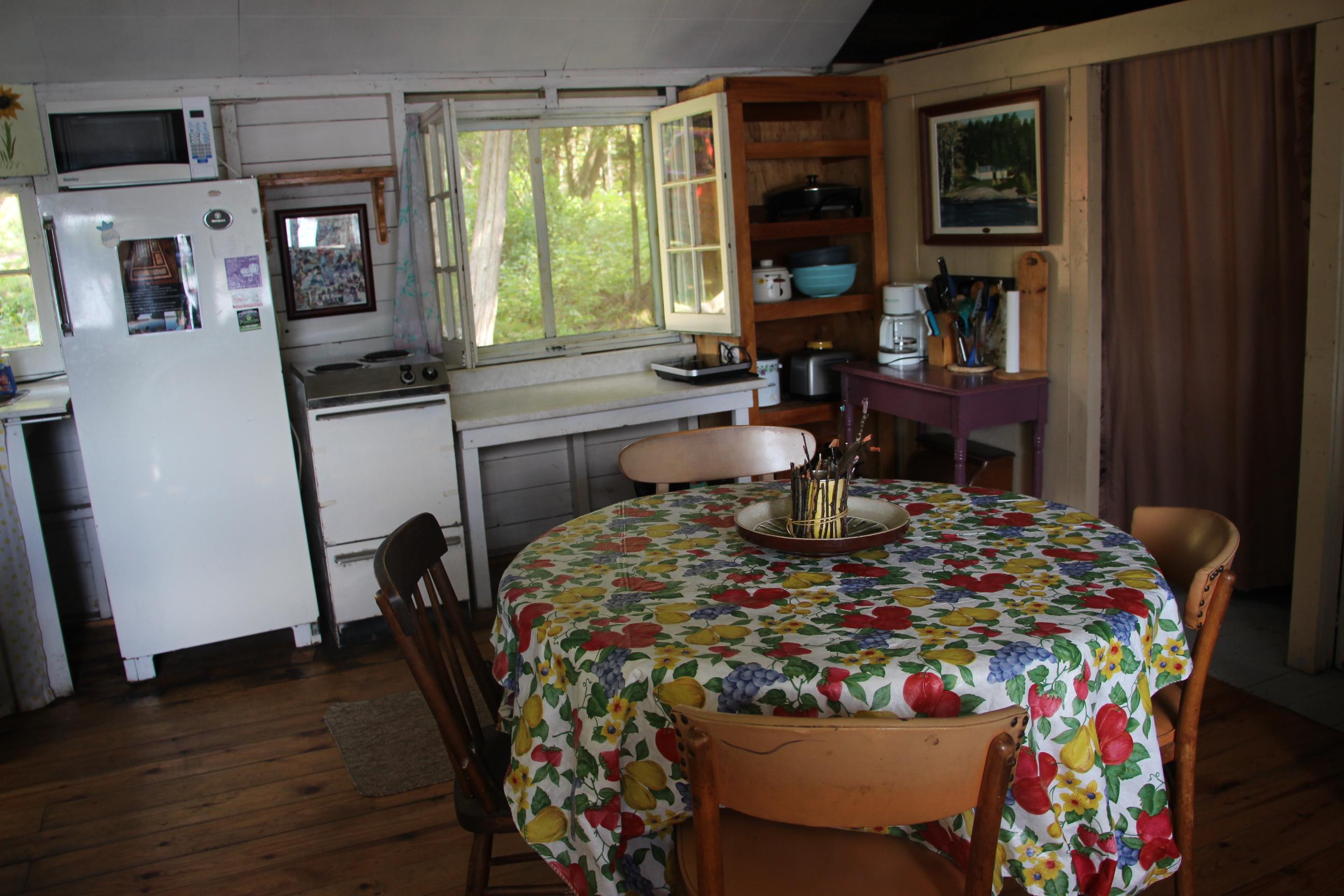 Cabin 4 (17)