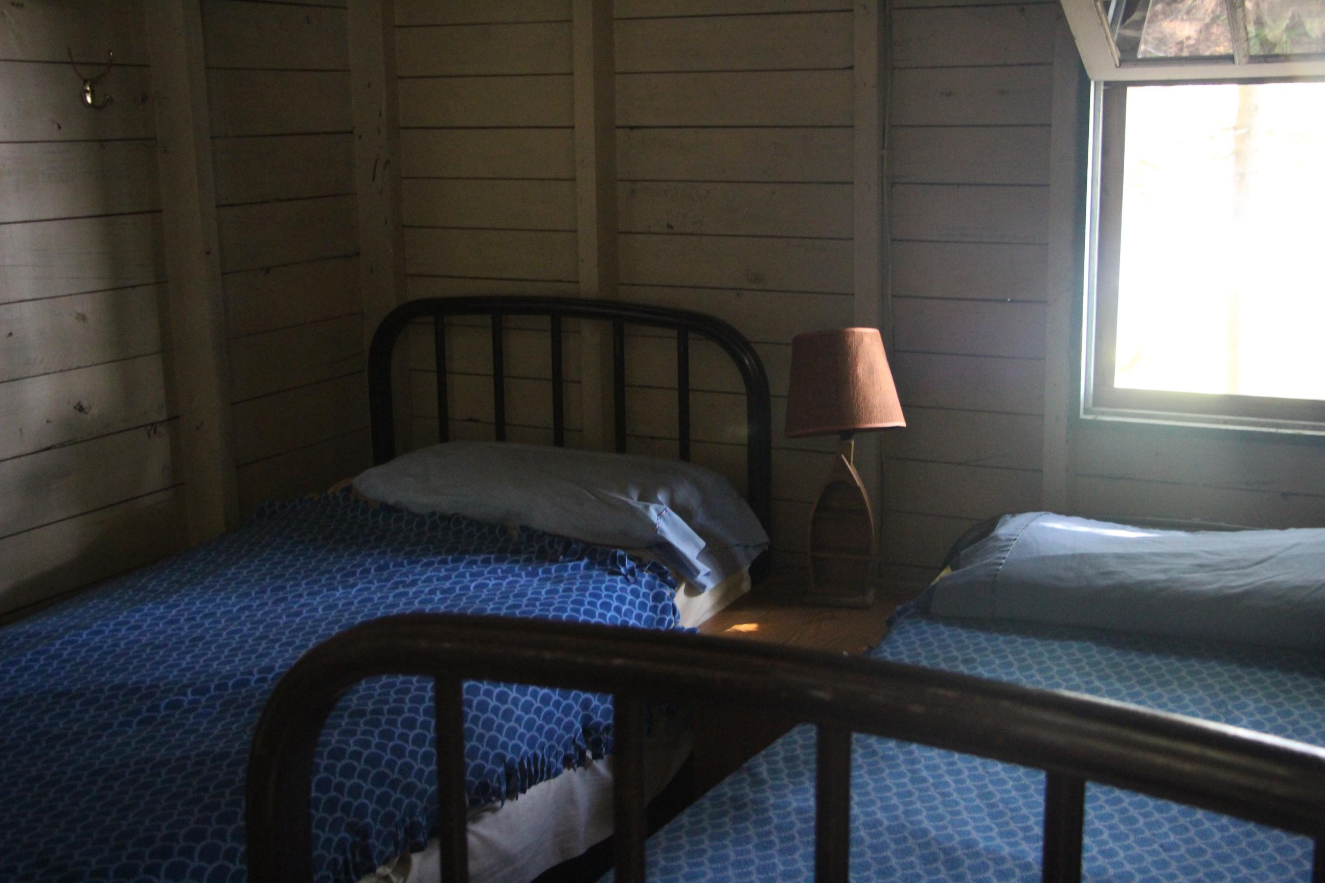 Cabin 4 (5)