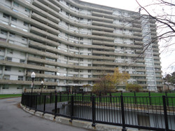 71 Thorncliffe Park Drive