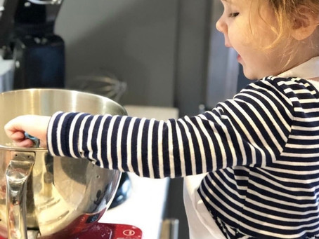 Christmas baking is a perfect activity for Christmas 2020!