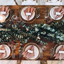 Farmhouse Wedding Table!