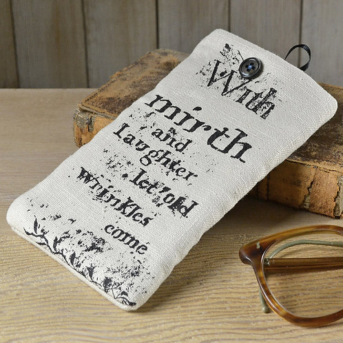 shakespeare glasses case