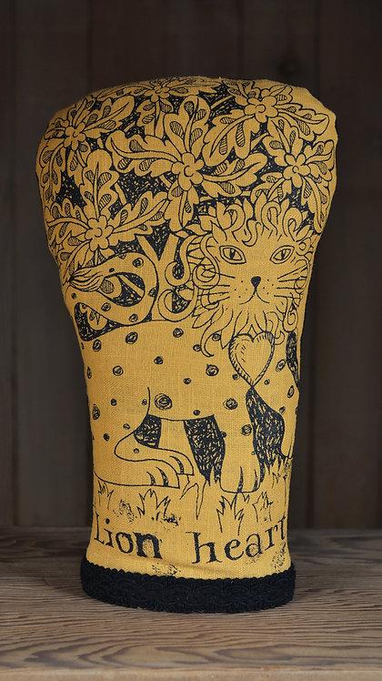 Jill Pargeter - linen lion figure