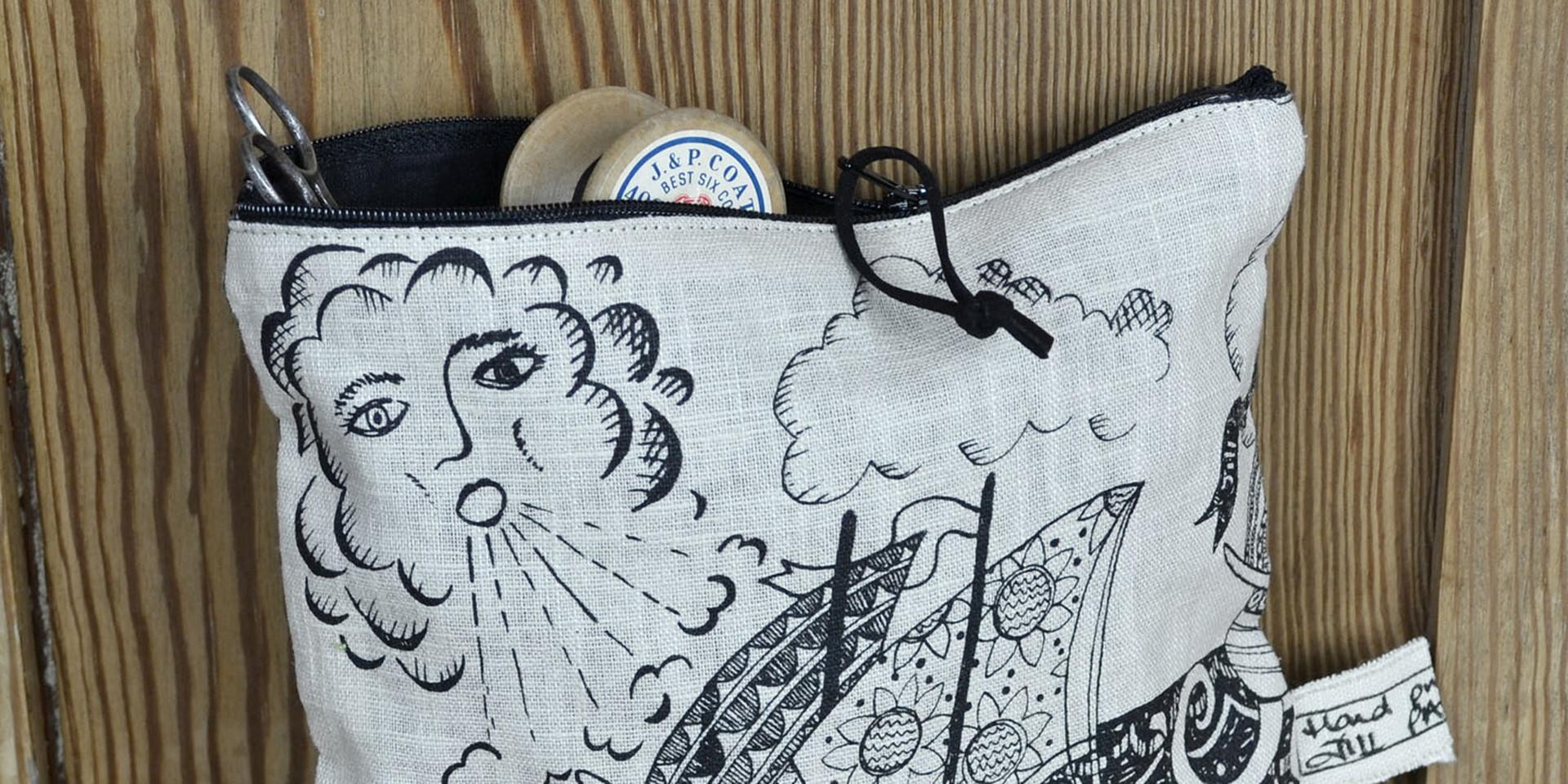 decorative linen zip bags