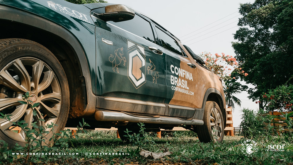 Fiat Toro plotada do Confina Brasil