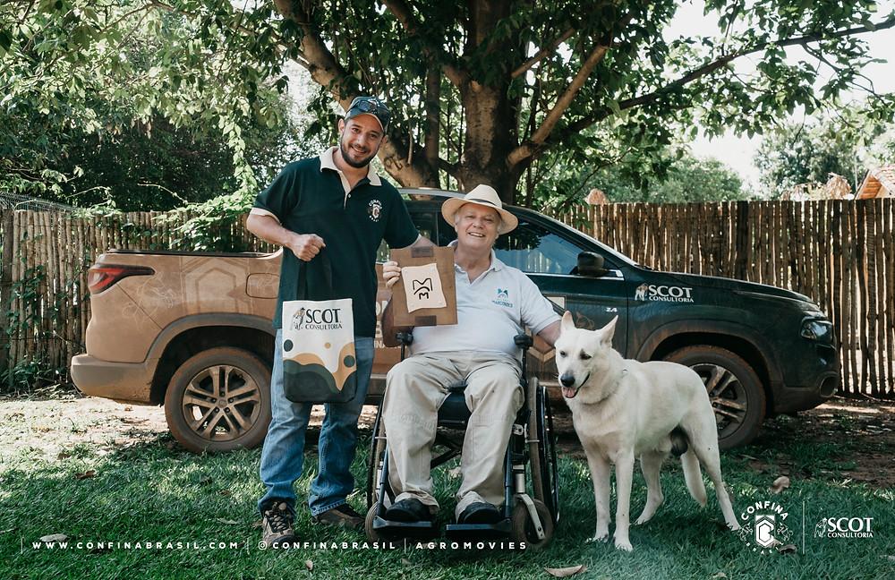 tecnico confina brasil com pecuarista e seu cachorro