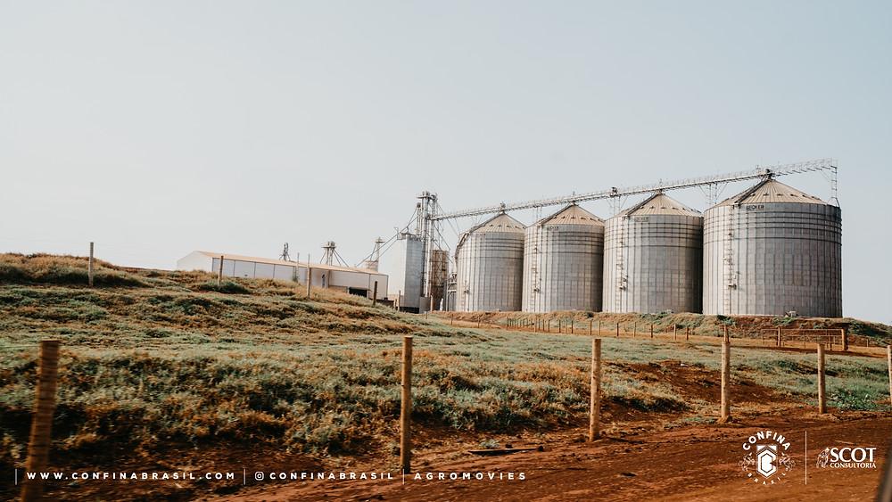 confina brasil. silos.