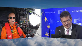Live discussion with a solar plane crossing the Atlantic