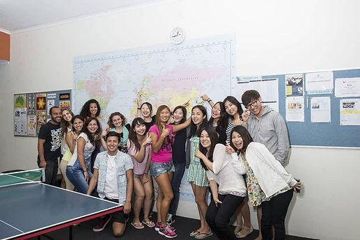 Noosa-students-in-classroom-1140x761.jpg