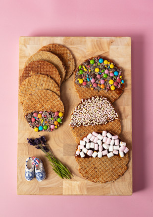 Stroopwafel with pink background