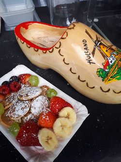 A nice tray with poffertjes & fruits