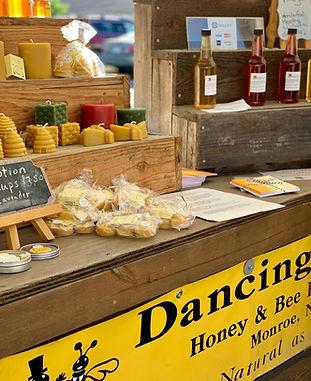 Dancing Bees misc_edited.jpg
