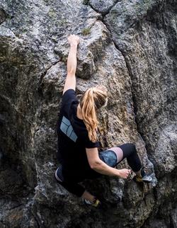 rock climbing women's leggings and t-shirt