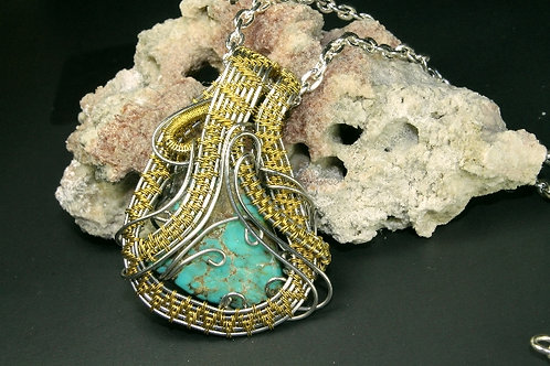Turquoise Mountain Wire Woven Pendent