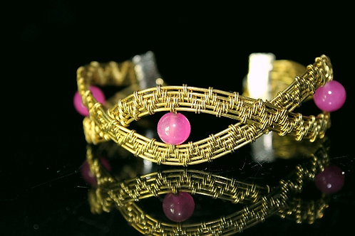Bronze and Pink Bead bracelet