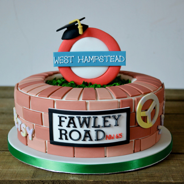 personalised London theme cake