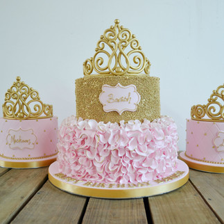 gold and pink princess tiara cake