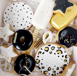 black white and gold cake treat box
