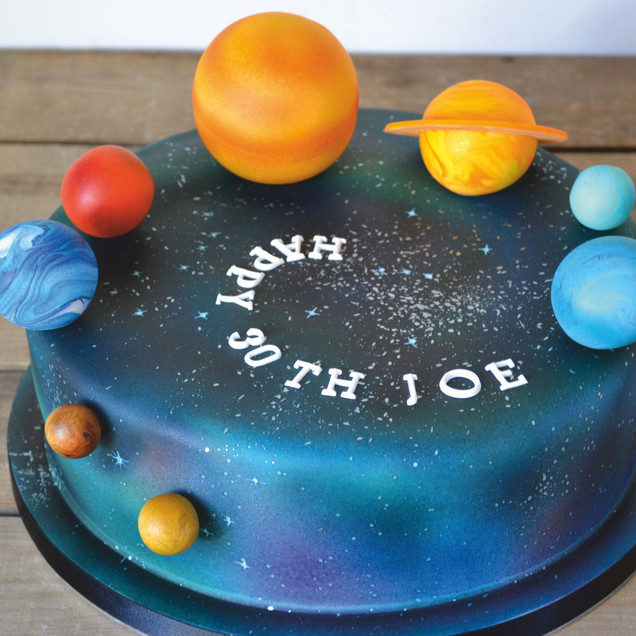 planet solar system cake