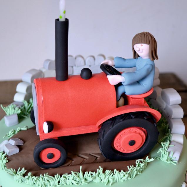 tractor model caketopper