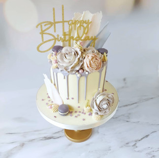 lilac drip cake