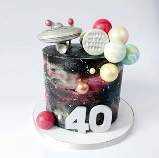 galaxy cake with starship enterprise